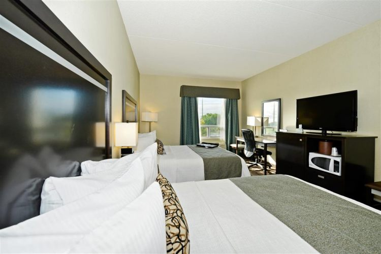 Best Western Plus Travel Hotel Toronto Airport, ON M9C5K5 near Toronto Pearson International Airport View Point 7