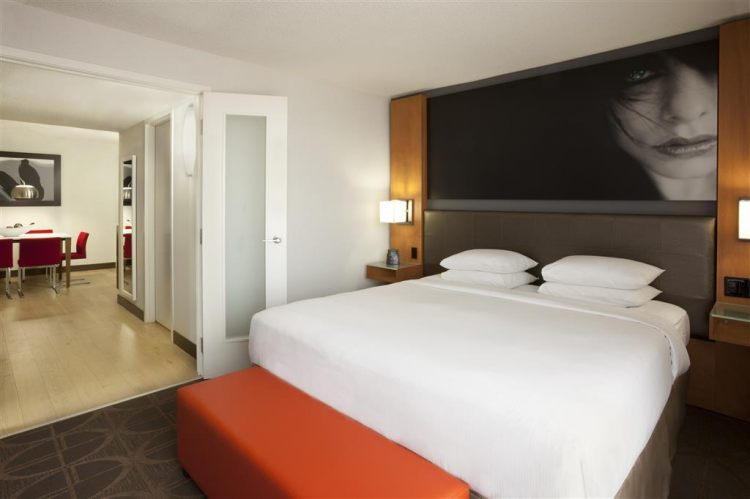 Hilton Toronto Airport Hotel & Suites, ON L4V 1N1 near Toronto Pearson International Airport View Point 11