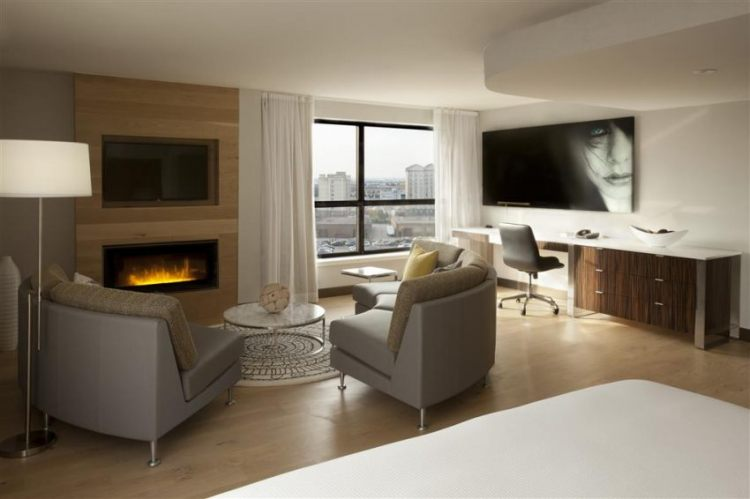Hilton Toronto Airport Hotel & Suites, ON L4V 1N1 near Toronto Pearson International Airport View Point 5