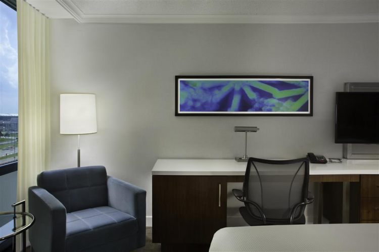 Hilton Toronto Airport Hotel & Suites, ON L4V 1N1 near Toronto Pearson International Airport View Point 4
