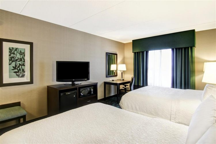 Hampton Inn Toronto Airport Corporate Centre Hotel, ON M9C 5K5 near Toronto Pearson International Airport View Point 23