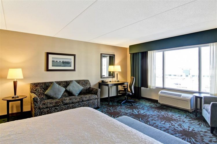 Hampton Inn Toronto Airport Corporate Centre Hotel, ON M9C 5K5 near Toronto Pearson International Airport View Point 11
