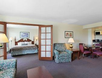 Wingate By Wyndham Flint / Grand Blanc, MI 48439 near Bishop International Airport View Point 2
