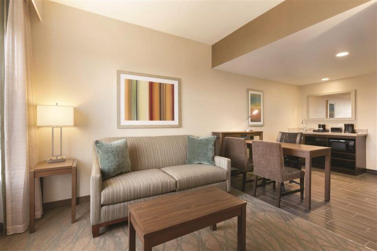 Embassy Suites by Hilton Akron Canton Airport, OH 44720 near Akron-canton Regional Airport View Point 11