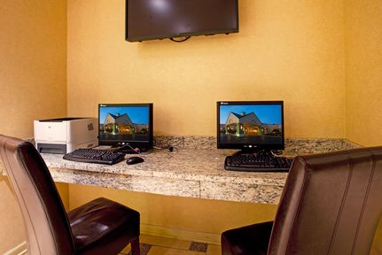 Holiday Inn Buffalo-Intl Airport, NY 14225 near Buffalo Niagara International Airport View Point 31