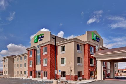 Holiday Inn Express & Suites Albuquerque Airport, NM 87106 near Albuquerque International Sunport View Point 1