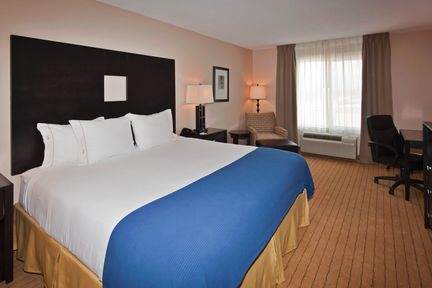 Holiday Inn Express & Suites Albuquerque Airport, NM 87106 near Albuquerque International Sunport View Point 2