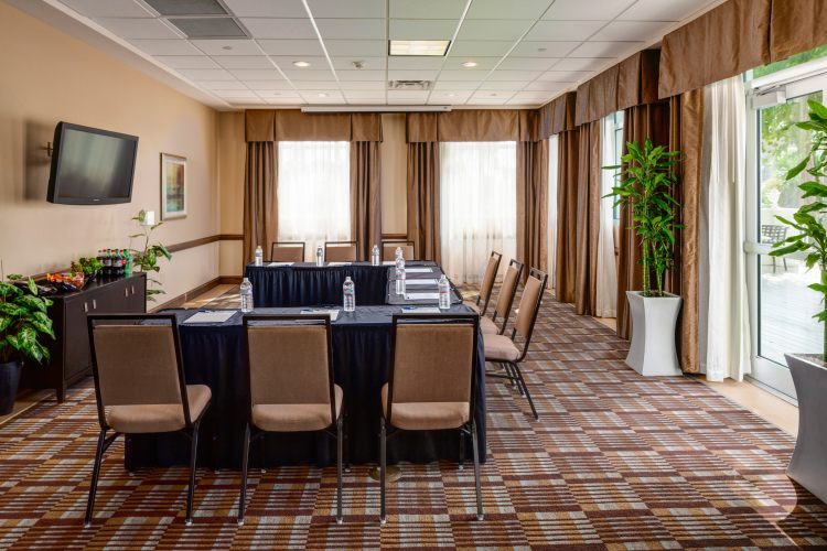 HOLIDAY INN EXP MED AREA, SC 29403 near Charleston International Airport / Charleston Afb View Point 11