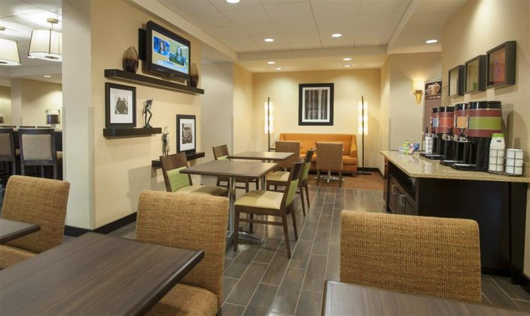 Hampton Inn Washington-Dulles Int'l Airport South, DC 201511 near Washington Dulles International Airport View Point 17
