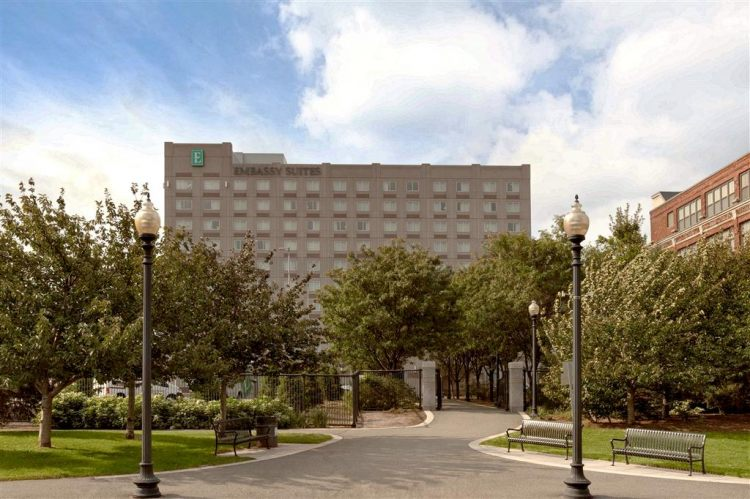 EMBASSY SUITES BY HILTON BOS LOGAN ARPRT, MA 02128 near Boston Logan International Airport View Point 34