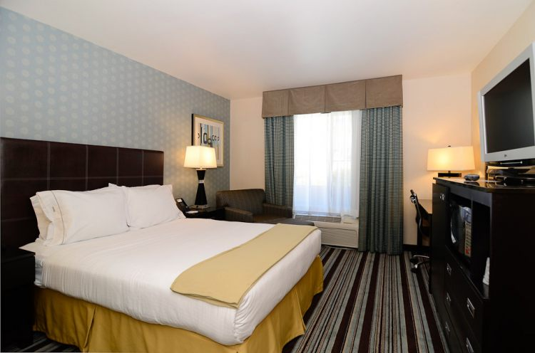 The Holiday Inn Express San Diego Airport Old Town, CA 92110 near San Diego International Airport View Point 8