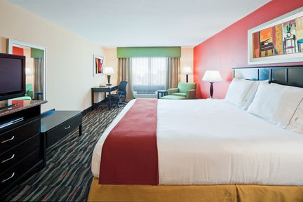 Holiday Inn Express & Suites Ft. Lauderdale Airport/Cruise, FL 33315 near Fort Lauderdale-hollywood International Airport View Point 7