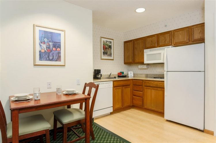 Homewood Suites by Hilton Providence-Warwick, RI 02886 near Theodore Francis Green State Airport View Point 3