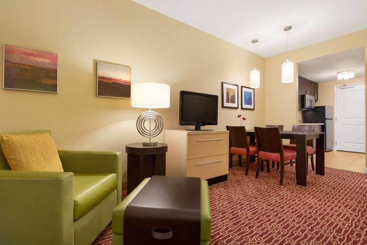 TownePlace Suites Denver Airport at Gateway Park, CO 80239 near Denver International Airport (succeeded Stapleton Airport) View Point 11