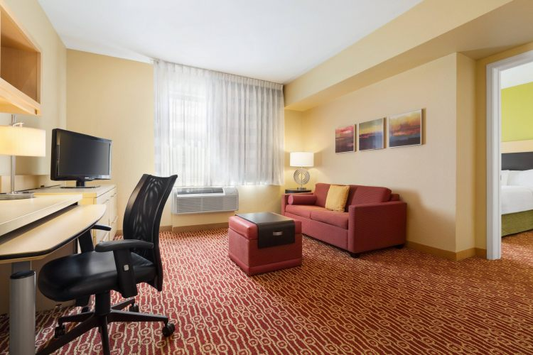 TownePlace Suites Denver Airport at Gateway Park, CO 80239 near Denver International Airport (succeeded Stapleton Airport) View Point 5