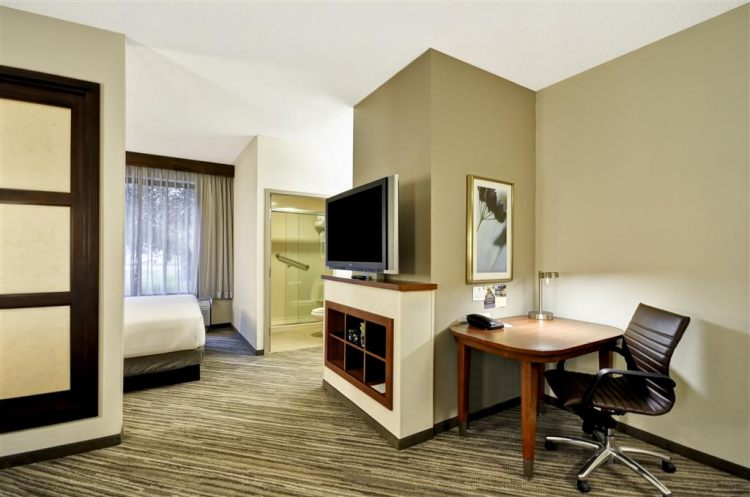 Hyatt Place Tampa Airport/Westshore, FL 33607 near Tampa International Airport View Point 13
