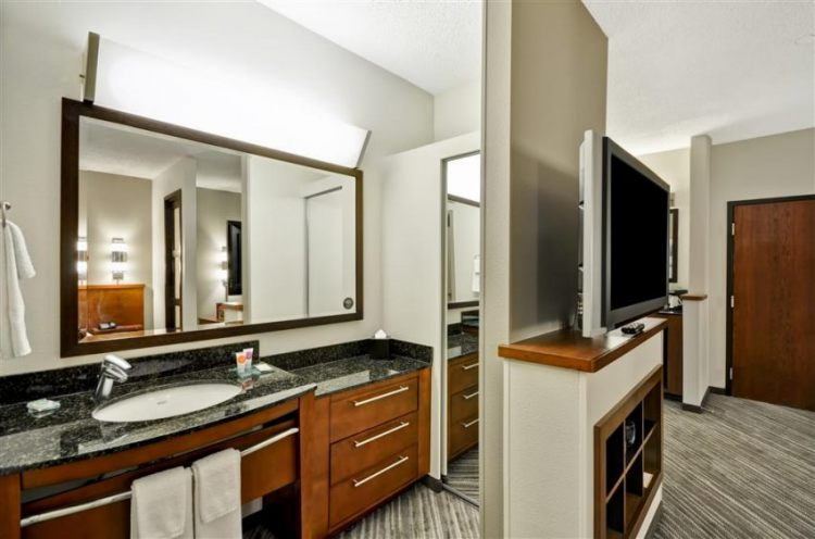 Hyatt Place Tampa Airport/Westshore, FL 33607 near Tampa International Airport View Point 7