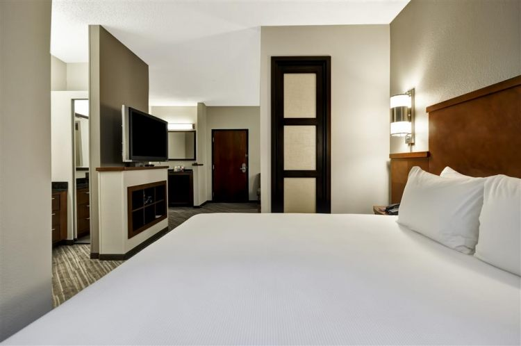 Hyatt Place Tampa Airport/Westshore, FL 33607 near Tampa International Airport View Point 2