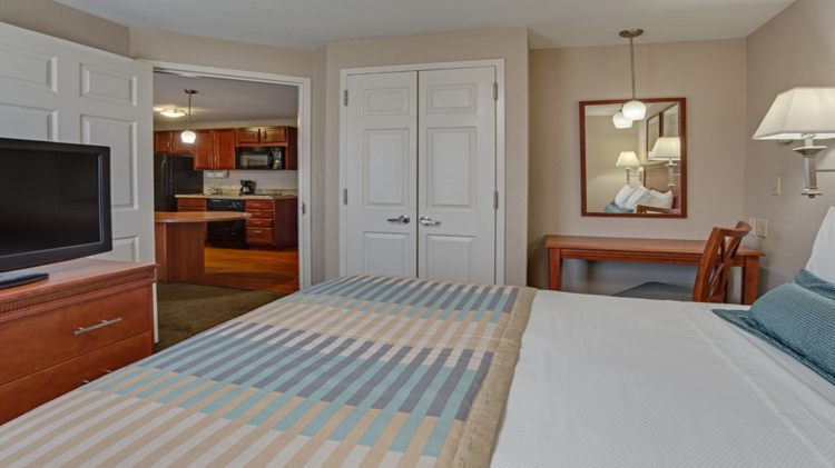 Candlewood Suites Ft. Lauderdale Airport/Cruise, FL 33315 near Fort Lauderdale-hollywood International Airport View Point 9