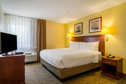 Candlewood Suites Hotel Jacksonville East Merril Road , FL 32225 near Jacksonville International Airport View Point 2