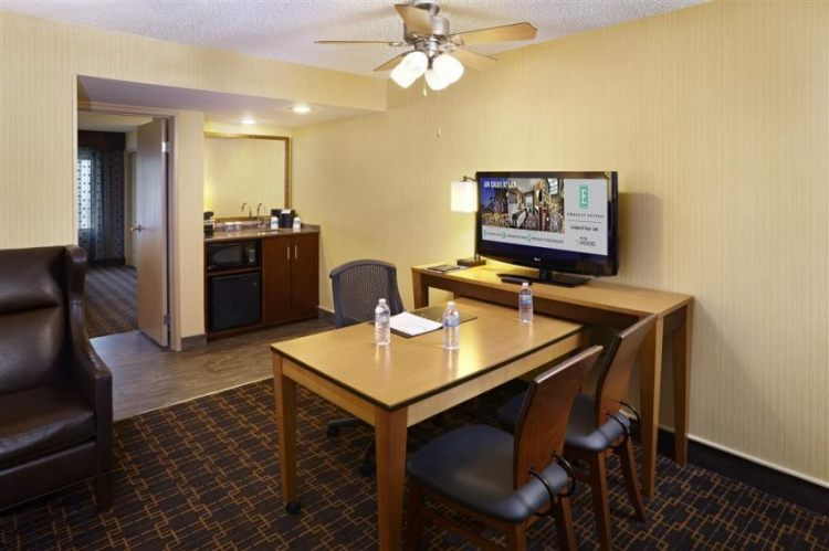 Embassy Suites by Hilton Los Angeles International Airport South, CA 90245 near Los Angeles International Airport View Point 6