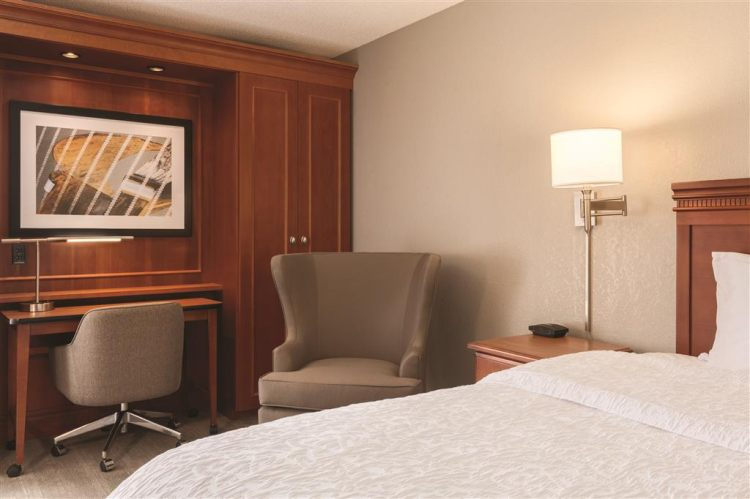 Hampton Inn Des Moines-Airport, IA 50321 near Des Moines International Airport View Point 14
