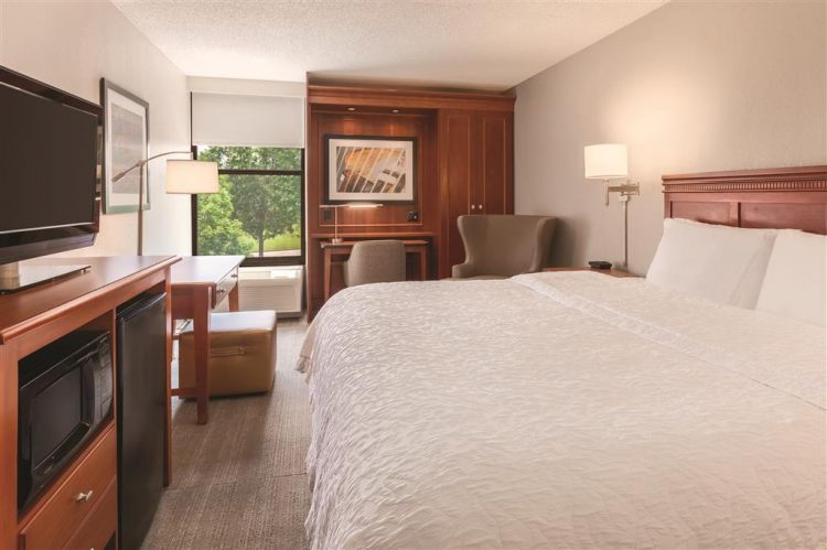 Hampton Inn Des Moines-Airport, IA 50321 near Des Moines International Airport View Point 10