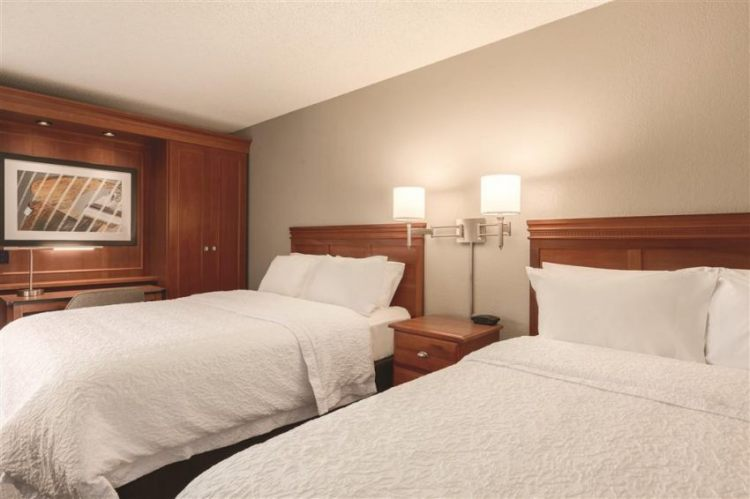 Hampton Inn Des Moines-Airport, IA 50321 near Des Moines International Airport View Point 5