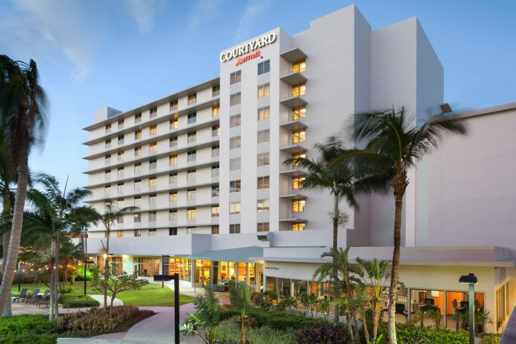Courtyard by Marriott Miami Airport, FL 33126
