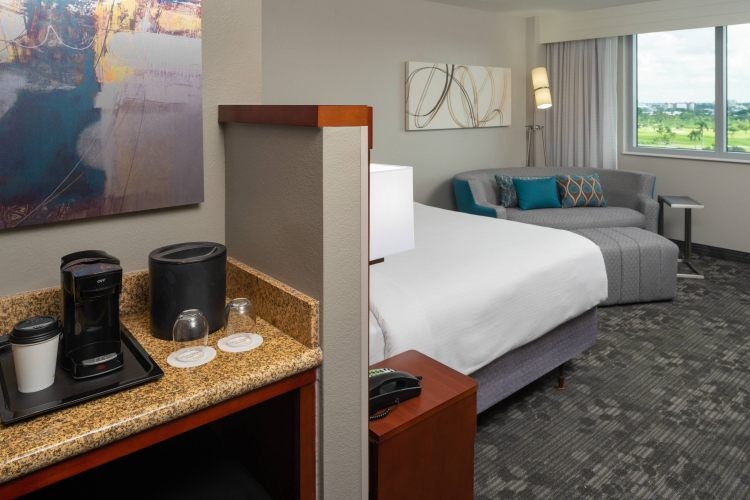 Courtyard by Marriott Miami Airport, FL 33126 near Miami International Airport View Point 12