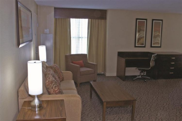 DoubleTree by Hilton Hotel Norfolk Airport, VA 23502 near Norfolk International Airport View Point 2