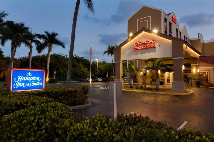 Hampton Inn & Suites Ft. Lauderdale Airport/South Cruise Port, FL 33020 near Fort Lauderdale-hollywood International Airport View Point 26