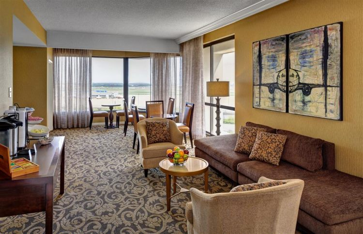 Hilton St. Louis Airport Hotel, MO 63134 near Lambert-saint Louis International Airport View Point 8
