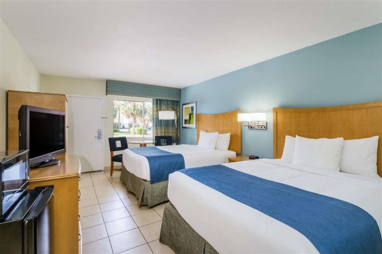Days Inn by Wyndham Cocoa Beach Port Canaveral, FL 32931 near Melbourne International Airport View Point 9