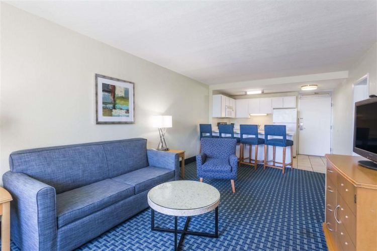 Days Inn by Wyndham Cocoa Beach Port Canaveral, FL 32931 near Melbourne International Airport View Point 2