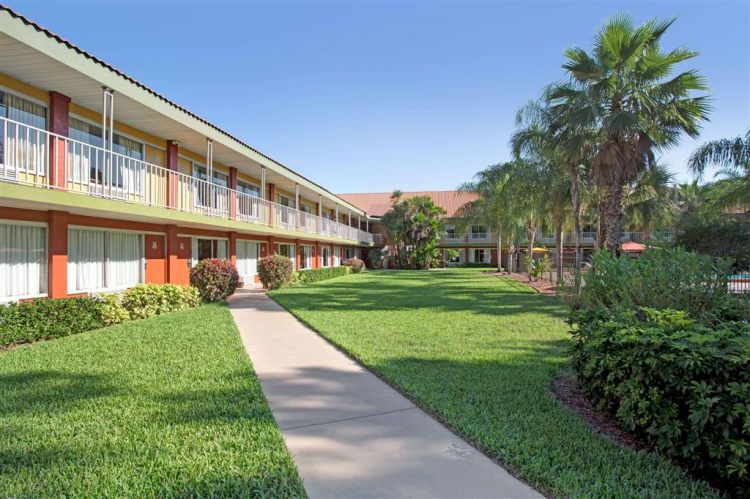 Days Inn by Wyndham Cocoa Cruiseport West At I-95/524, FL 329262426 near Orlando International Airport View Point 14