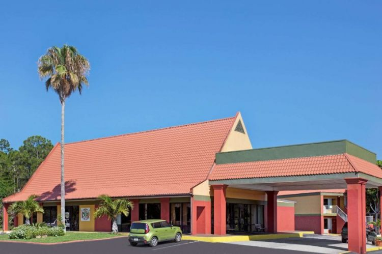 Days Inn by Wyndham Cocoa Cruiseport West At I-95/524, FL 329262426 near Orlando International Airport View Point 1