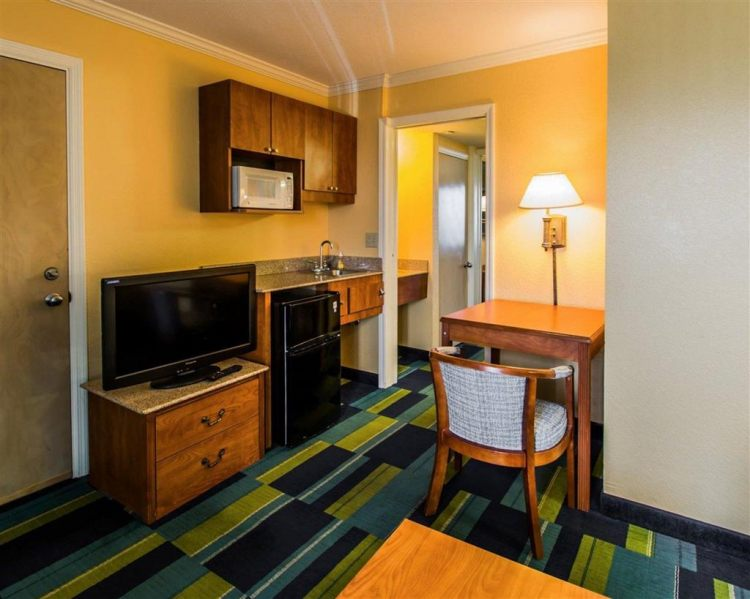 Quality Inn & Suites Port Canaveral Area, FL 32931 near Orlando International Airport View Point 9