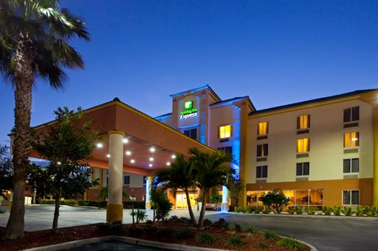 Holiday Inn Express & Suites Cocoa Beach, FL 32931 near Melbourne International Airport View Point 21