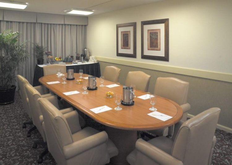 DoubleTree by Hilton Hotel Tampa Airport - Westshore, FL 33607 near Tampa International Airport View Point 33