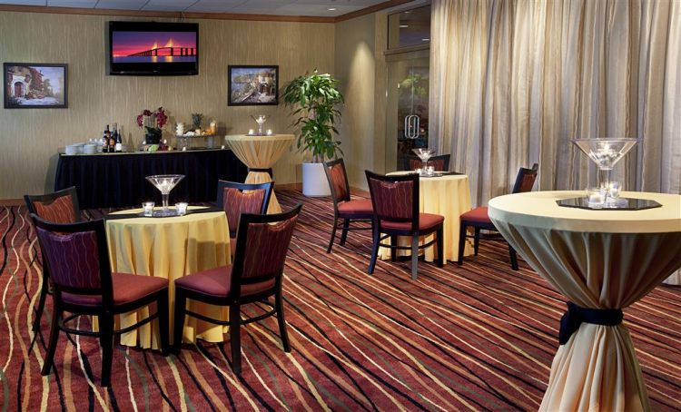 DoubleTree by Hilton Hotel Tampa Airport - Westshore, FL 33607 near Tampa International Airport View Point 21