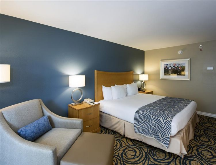 DoubleTree by Hilton Hotel Tampa Airport - Westshore, FL 33607 near Tampa International Airport View Point 6