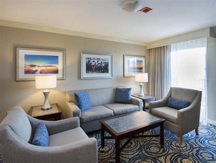 DoubleTree by Hilton Hotel Tampa Airport - Westshore, FL 33607 near Tampa International Airport View Point 4