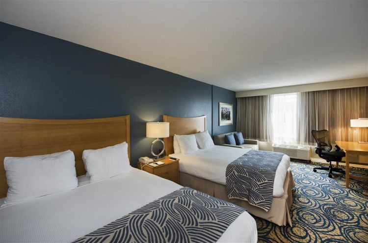 DoubleTree by Hilton Hotel Tampa Airport - Westshore, FL 33607 near Tampa International Airport View Point 3