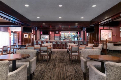 DoubleTree Philadelphia Airport , PA 19153 near Philadelphia International Airport View Point 22