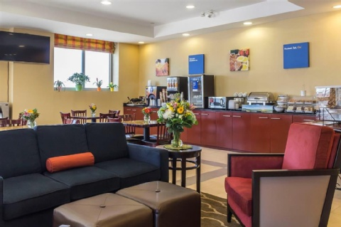 Comfort Inn & Suites LaGuardia Airport, NY 11378 near Laguardia Airport View Point 38