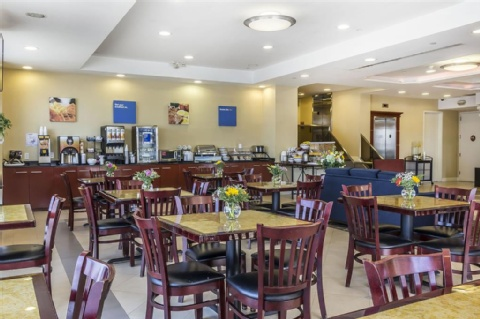 Comfort Inn & Suites LaGuardia Airport, NY 11378 near Laguardia Airport View Point 30