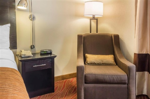 Comfort Inn & Suites LaGuardia Airport, NY 11378 near Laguardia Airport View Point 11