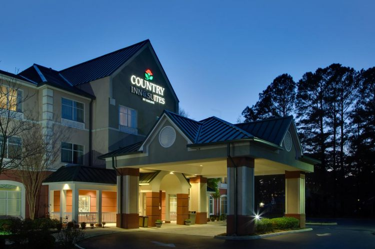 Country Inn & Suites by Radisson, Newport News South, VA 23602