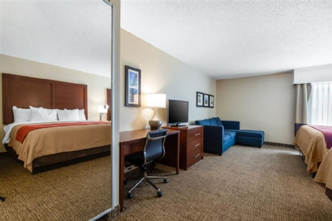 Comfort Inn & Suites Little Rock Airport, AR 72206 near Bill and Hillary Clinton National Airport -Little Rock National Airport (adams F View Point 24